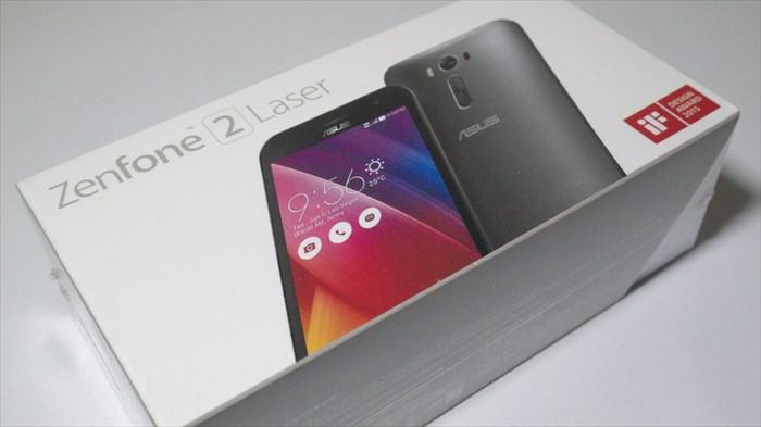 ZenFone 2 Laser 16GBモデルのシルバー