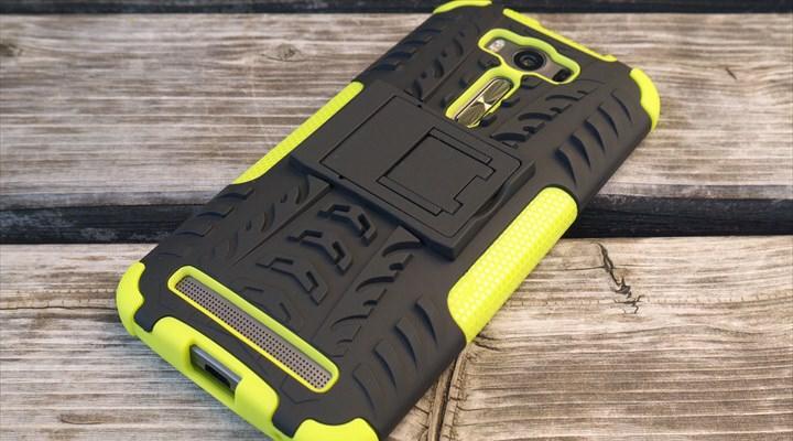 Zenfone 2 Laserのタフネスケースを購入した記事のサムネイル