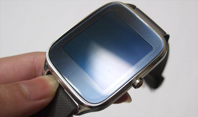 ZenWatch 2にフィルムを貼ってみた